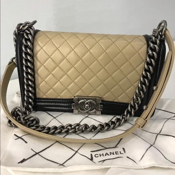 CHANEL Bags   Medium Boy Bag   Poshmark 1980f55854